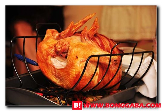 Turkey Roasting 8 Crisp & Tender Turkey with Traditional Stuffing Recipe