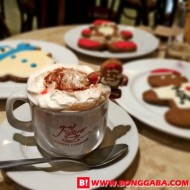 Experiencing Yultide Drinks at Figaro